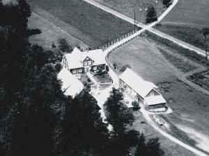 Hallandsboda gård